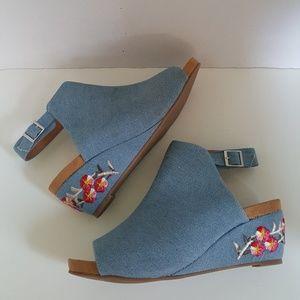 Comfortview Denim Floral Wedge Heeled Sandal 8W